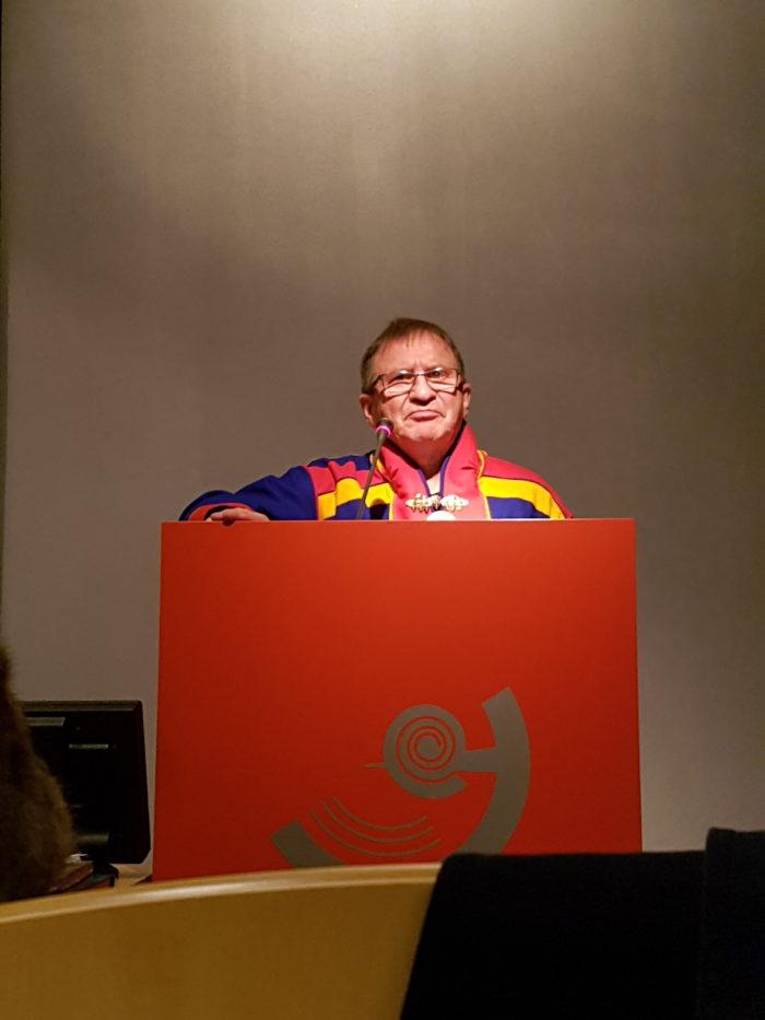 Niillas Somby advarer om pågående formalisert kolonisering